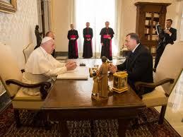 ŽESTOKA KRITIKA |  Italijanski portal: Posjeta Milorada Dodika Vatikanu je diplomatska katastrofa