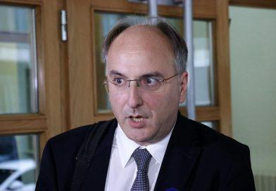 Arnaut: Dodik, Izetbegović i Čović se najbolje razumiju i sarađuju sa diktatorima