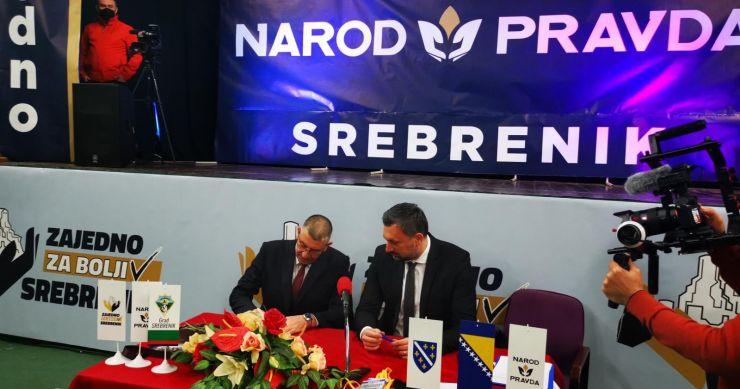 NOVI TRANSFER Gradonačelnik Srebrenika Nihad Omerović zajedno sa sedam vijećnika pristupio stranci Naroda i Pravde